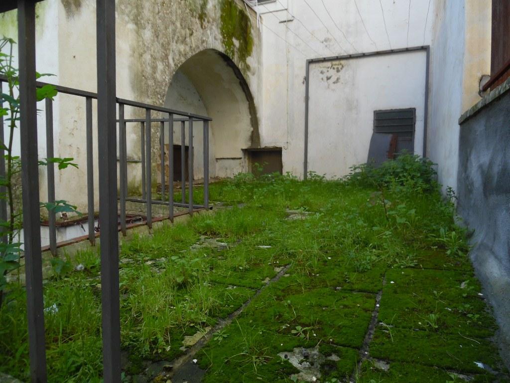 Galatina centro storico piano terra con giardino